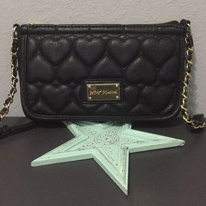 🌸Betsey Johnson Quilted Crossbody
